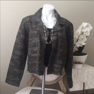 Sanctuary crop camo jacket